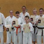 Erfolgreiche Karate-Prüflinge
